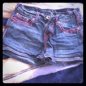 Cowgirl Tuff DFMI Pink shorts